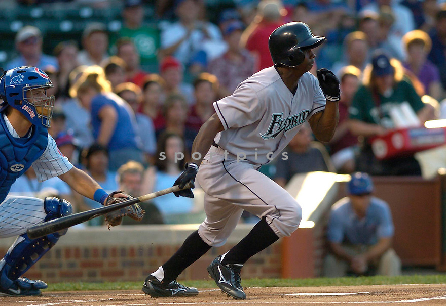 Juan Pierre of the Florida Marlins in action against the Chicago Cubs. ....Malrins won 9-1.....David Durochik / SportPics..