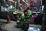 INDONESIA, Flores, Reung, preparing for a busy day at the Reung Market