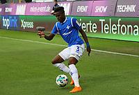 Joevin Jones (SV Darmstadt 98) - 13.05.2018: SV Darmstadt 98 vs. FC Erzgebirge Aue, Stadion am Boellenfalltor, 34. Spieltag 2. Bundesliga