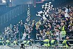 Solna 2014-03-16 Bandy SM-final herrar Sandvikens AIK - V&auml;ster&aring;s SK :  <br /> Sandvikens supportrar p&aring; Friends Arena med ordningsvakter nedanf&ouml;r<br /> (Foto: Kenta J&ouml;nsson) Nyckelord:  SM SM-final final herr herrar VSK V&auml;ster&aring;s SAIK Sandviken  supporter fans publik supporters