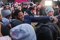 NEW YORK, NY, 02.12.2016 - MICHAEL-STRAHAN - O ex jogador de futebol americano Michael Strahan é visto em programa de televisão na região da Times Square em New York nesta sexta-feira, 02. (Foto: William Volcov/Brazil Photo Press)