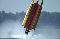 Frame 6: Jeff Shepherd blows over his Hoffman SST-120 boat during a qualifying run..PROP-Cypress Gardens Shootout, Winter Haven, Florida, USA 22 October,2000 copyright©F.Peirce Williams 2000..F.Peirce Williams .photography.P.O.Box 455  Eaton,OH 45320 USA.p: 317.358.7326  e: fpwp@mac.com