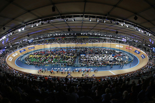 04.03.2016. Lee Valley Velo Centre, London England. UCI Track Cycling World Championships. Woomens scratch final.  The complete Lee Valley Velodrome