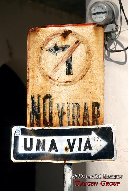 Flores Street Sign