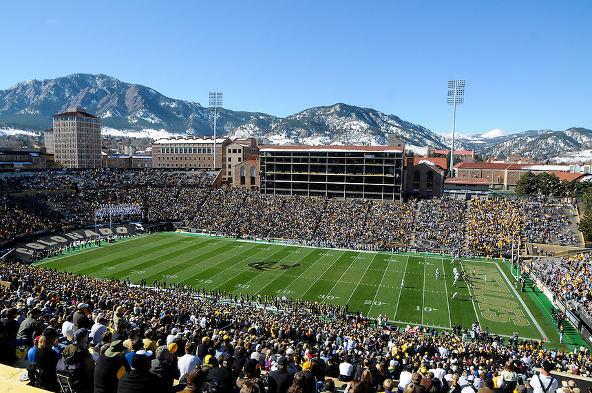 October 31, 2009: A general overhead view of the nearly full stands as snow lie on the flatiron foothills near Boulder, Colorado during a Big XII conference game between the Missouri Tigers and the University of Colorado Buffaloes at Folsom Field in Boulder, Colorado. The Tigers beat the Buffaloes 36-17.   *****For editorial use only*****