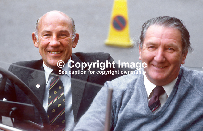 Former Formula 1 racing driver Stirling Moss, UK, during a visit to N Ireland with Ballymena garage owner, Malcolm Templeton. 19850713SM1<br />