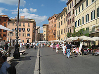 Strolling around Piazza Navona, Rome