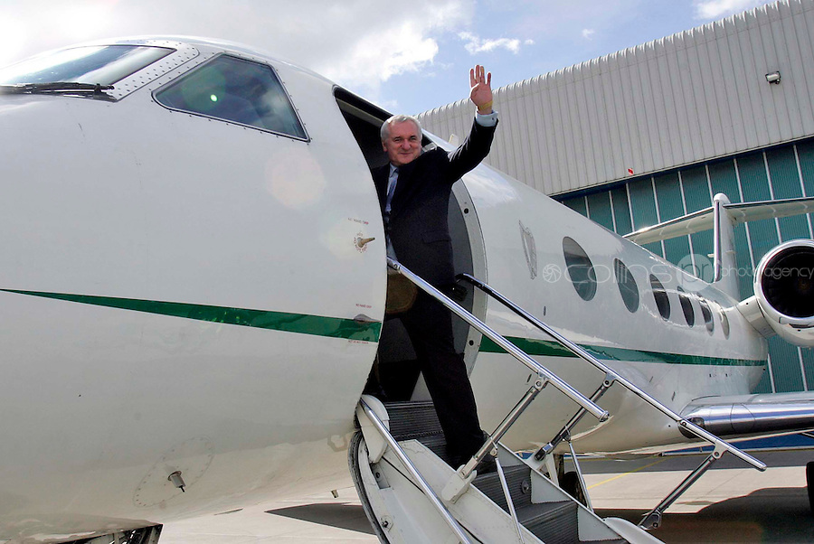 29/04/'08 Taoiseach Bertie Ahern pictured boarding the Government Jet this afternoon at Casement Aerodrome on his way to address the US Congress and Senate later this week...Picture Collins, Dublin, Colin Keegan.
