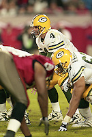 Brett Favre looks for an open receiver as the Tampa bay Buccaneers defeat his Green Bay Packers 29-10 December 26, 1999.  (Photo by Brian Cleary/www.bcpix.com)