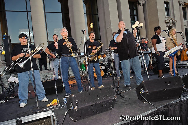 The Smash Band in concert during Twilight Tuesdays series at Missouri History Museum in St. Louis, MO on Sept 6, 2011.