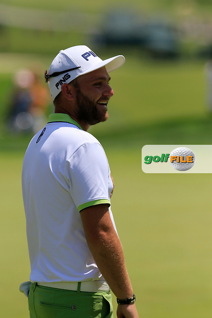 Andy Sullivan (ENG) on the practice green during Wednesday's Practice Day of the 2016 U.S. Open Championship held at Oakmont Country Club, Oakmont, Pittsburgh, Pennsylvania, United States of America. 15th June 2016.<br /> Picture: Eoin Clarke | Golffile<br /> <br /> <br /> All photos usage must carry mandatory copyright credit (&copy; Golffile | Eoin Clarke)