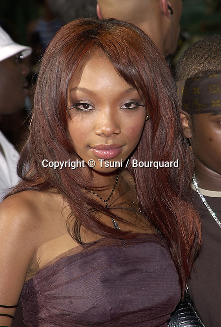 Brandy arriving at The first BET  - Black Entertainment Television - Awards at the Paris Hotel in Las Vegas. The show didn't  run from Los Angeles but from Las Vegas.  June 19, 2001 Brandy02.jpg