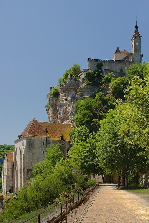 Chateau et sanctuaire