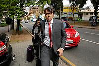 CURITIBA, PR, 28.07.2016 - LAVA JATO - O ex-diretor da Andrade Gutierrez, Paulo Roberto Dalmazzo preso na Lava Jato chega à sede da Justiça Federal em Curitiba (PR) na tarde desta quinta-feira (28), onde presta depoimento em processo penal da Operação Lava Jato, referente à 14ª fase. (Foto: Paulo Lisboa/Brazil Photo Press)