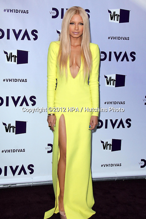 LOS ANGELES - DEC 16:  Havana Brown arriving at the VH1 Divas Concert 2012 at Shrine Auditorium on December 16, 2012 in Los Angeles, CA
