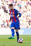 FC Barcelona's Gerard Pique during the La Liga match between Futbol Club Barcelona and Deportivo de la Coruna at Camp Nou Stadium Spain. October 15, 2016. (ALTERPHOTOS/Rodrigo Jimenez)