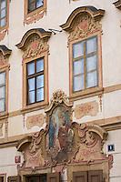 Europe/République Tchèque/Prague:Détail maison baroque du   quartier Hradcany ou se trouve le restaurant Umatouse