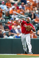 Houston Cougars shortstop Frankie Ratcliff (7) makes a throw to first base during the NCAA baseball game against the Texas Longhorns on June 6, 2014 at UFCU Disch–Falk Field in Austin, Texas. The Longhorns defeated the Cougars 4-2 in Game 1 of the NCAA Super Regional. (Andrew Woolley/Four Seam Images)