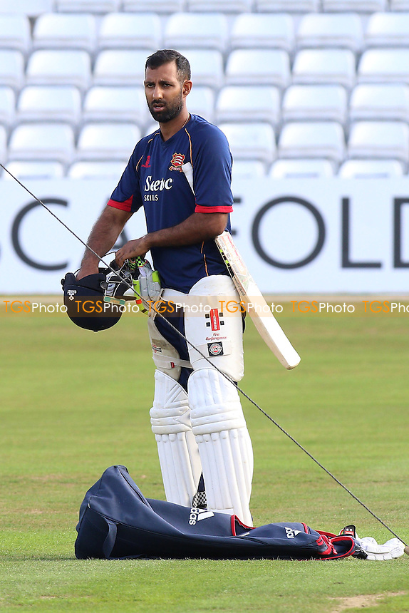 New Essex signing Varun Chopra during Essex CCC vs Glamorgan CCC, Specsavers County Championship Division 2 Cricket at the Essex County Ground on 12th September 2016