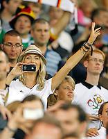 Lena Gehrke, Freundin von Samy Khedira Jubel, Freude, Emotionen, Feiern, Lachen, jubelt, freuen,  reisst die Arme hoch, ballt die Faust ..DEUTSCHLAND - PORTUGAL ( : )..Gruppenspiel, Gruppe B , Deutsche Fussball Nationalmannschaft, DFB EM Euro 2012 am  09.06.2012 in Lviv, Lemberg, U K R A I N E Europameisterschaft 2012 in P o l e n, U k r a i n e..Fotograf: Peter Schatz..www.peterschatz.com..0171-8300650..ps@magics.de.. *** Local Caption ***  Foto ist honorarpflichtig nach MFM.. St.nr: 112/266/60560,  Honorar zuzuegl. Mwst. 7%..M ue n c h n e r B a n k BLZ 70190000 , Nr.7651562..BIC: GENODEF1M01  ..IBAN: DE78 7019 000 0000 7651562....Es gelten ausschliesslich die AGB von Peter Schatz..Auszug:..III. Nutzungsrechte..1. Der Kunde erwirbt grundsaetzlich nur ein einfaches Nutzungsrecht zur einmaligen Verwendung...6. Der Kunde ist nicht berechtigt, die ihm eingeraeumten Nutzungsrechte ganz oder teilweise auf Dritte, auch nicht auf andere Konzern- oder Tochterunternehmen, zu uebertragen...