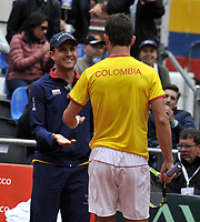 BOGOTA - COLOMBIA – 15 – 09 -2019: Santiago Giraldo de Colombia celebra con Pablo Gonzalez, capitán de Colombia, durante Partido de la Copa Davis entre los equipos de Colombia y Croacia, partidos por el ascenso al Grupo Mundial de Copa Davis por BNP Paribas, en la Plaza de Toros La Santamaria en la ciudad de Bogota. / Santiago Giraldo of Colombia celebrates with Pablo Gonzalez Captain of Colombia, during a Davis Cup draw between the teams of Colombia and Croatia, match promoted to the World Group Davis Cup by BNP Paribas, at the La Santamaria Ring Bull in Bogota city. / Photo: VizzorImage / Luis Ramirez / Staff.