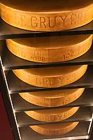 Europe/Suisse/Saanenland/Gstaad: Grand Hôtel Park - le caveau de dégustation  des grands crus et ses tommes de fromage d'alpage