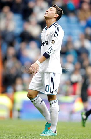 Real Madrid's Mesut Özil dejected during La Liga match. January 27, 2013. (ALTERPHOTOS/Alvaro Hernandez) NortePhoto /MediaPunch Inc. ***FOR USA ONLY***