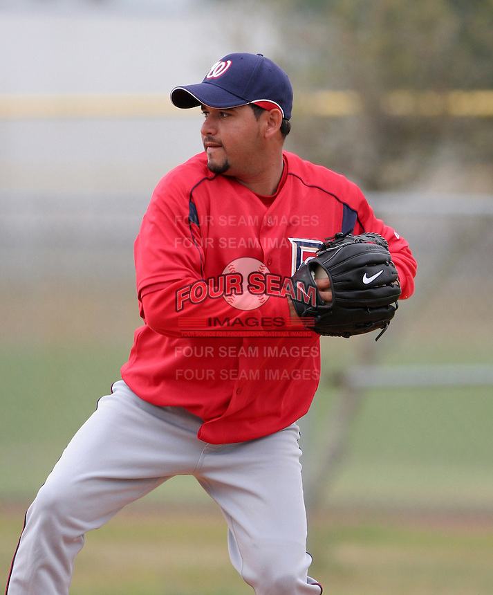 Washington Nationals minor leaguer Arnaldo Munoz during Spring Training at the Carl Barger Training Complex on March 20, 2007 in Melbourne, Florida.  (Mike Janes/Four Seam Images)