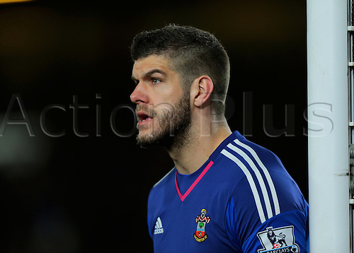 01.03.2016. Vitality Stadium, Bournemouth, England. Barclays Premier League. Bournemouth versus Southampton. Southampton Goalkeeper Fraser Forster prepares for a corner