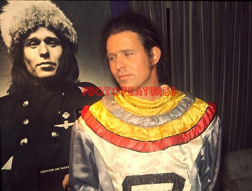 Country Joe McDonald 1971..© Chris Walter..