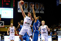 GRONINGEN - Basketbal, Donar - Fribourg, tweede voorronde Champions League, seizoen 2018-2019, 25-09-2018,  Donar speler Sean Cunningham met Fribourg  speler  Fabian Limat