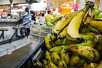 En Frutas y Verduras ¨Remedios¨ usted puede encontrar el platano macho para agregar a la capirotada