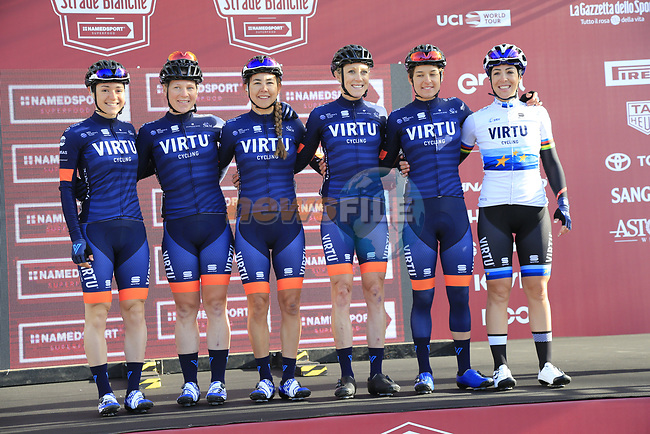 Team Virtu Cycling at sign on before the Strade Bianche Women Elite 2019 running 133km from Siena to Siena, held over the white gravel roads of Tuscany, Italy. 9th March 2019.<br /> Picture: Eoin Clarke | Cyclefile<br /> <br /> <br /> All photos usage must carry mandatory copyright credit (© Cyclefile | Eoin Clarke)