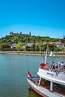 Deutschland, Bayern, Unterfranken, Wuerzburg: die Festung Marienberg oberhalb des Mains das Wahrzeichen der Stadt