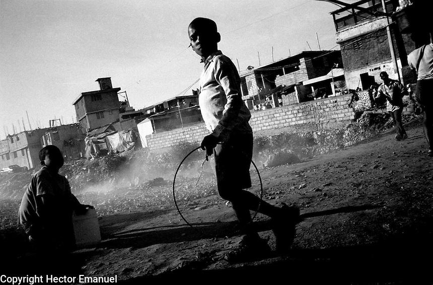 Garbage burning..Port-au-Prince, Haiti.3/2004