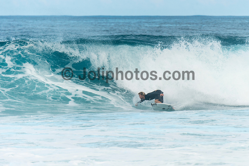 Off The Wall, North Shore, Oahu, Hawaii. (Tuesday December 6 , 2016): Davey Cathels (AUS)  A small clean 3'-4' swell at Off The Wall and Backdoor provided some fun waves this morning before the wind blew up from the North East. Photo: joliphotos