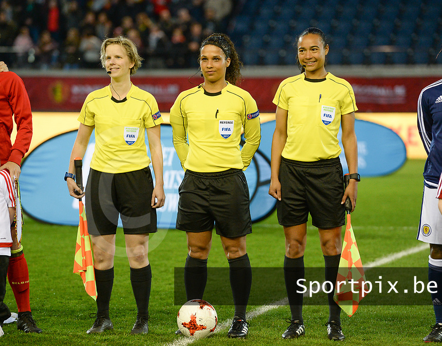 20170411 - LEUVEN ,  BELGIUM : Dutch referees pictured with Fijke Hoogendijk (left) , Shona Shukrula (middle) and Franca Overtoom (r) during the friendly female soccer game between the Belgian Red Flames and Scotland , a friendly game in the preparation for the European Championship in The Netherlands 2017  , Tuesday 11 th April 2017 at Stadion Den Dreef  in Leuven , Belgium. PHOTO SPORTPIX.BE | DAVID CATRY