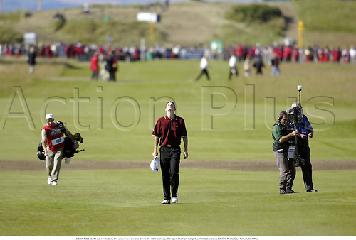 JUSTIN ROSE (GBR) acknowledges the crowd as he walks down the 18th fairway, The Open Championship, Muirfield, Scotland, 020721. Photo:Glyn Kirk/Action Plus...Golf.2002.fairways