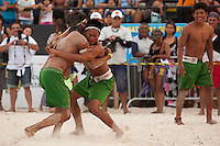 IV Jogos Tradicionais Indígenas do Pará<br /> <br /> Xicrim durante apresentação de luta corporal.<br /> <br /> <br /> Quinza etnias participam dos  IX Jogos Indígenas, iniciados neste na íntima sexta feira. Aikewara (de São Domingos do Capim), Araweté (de Altamira), Assurini do Tocantins (de Tucuruí), Assurini do Xingu (de Altamira), Gavião Kiykatejê (de Bom Jesus do Tocantins), Gavião Parkatejê (de Bom Jesus do Tocantins), Guarani (de Jacundá), Kayapó (de Tucumã), Munduruku (de Jacareacanga), Parakanã (de Altamira), Tembé (de Paragominas), Xikrin (de Ourilândia do Norte), Wai Wai (de Oriximiná). Participam ainda as etnias convidadas - Pataxó (da Bahia) e Xerente (do Tocantins). <br /> <br /> <br /> Mais de 3 mil pessoas lotaram as arquibancadas da arena de competição.<br /> Praia de Marudá, Marapanim, Pará, Brasil.<br /> Foto Paulo Santos<br /> 09/09/2014
