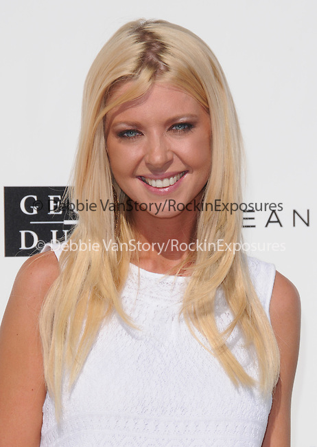 Tara Reid at The White Party presented by P-Diddy ,Ashton Kutcher & Malaria No More held at  private Estate in Cold Water Canyon, California on July 04,2009                                                                   Copyright 2009 Debbie VanStory / RockinExposures