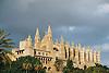 Almudaina Palace and Cathedral Santa Mar&iacute;a de Palma de Mallorca (1229-1346)<br /> <br /> Palacio de Almudaina y Catedral de Santa Mar&iacute;a de Palma de Mallorca (La Seu, cat.: Sa Seo) (1229-1346)<br /> <br /> Almudaina-Palast und Kathedrale Santa Mar&iacute;a de Palma de Mallorca (1229-1346)<br /> <br /> 1840 x 1232 px<br /> 150 dpi: 31,16 x 20,86 cm<br /> 300 dpi: 15,58 x 10,43 cm<br /> Original: 35 mm