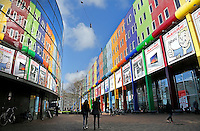 Nederland  Amsterdam 2016 01 28 .  Winkels op de Arena Boulevard