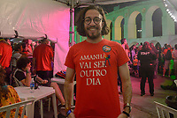 RIO DE JANEIRO, RJ, 28.07.2018 - LULA-LIVRE - Jean Wyllys durante Festival Lula Livre na Lapa, centro do Rio de Janeiro neste sábado, 28. (Foto: Clever Felix/Brazil Photo Press)