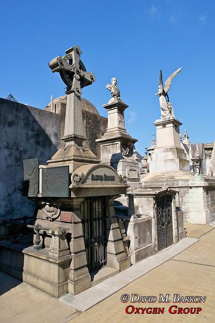 Alvaro Barros Tomb, La Recoleta Cemetery