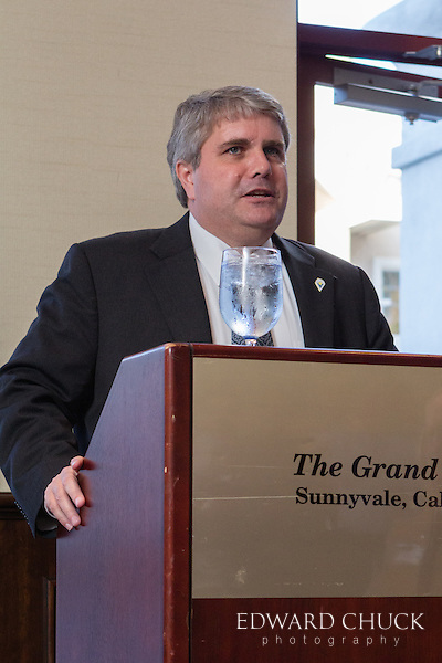 Sunnyvale Mayor Jim Griffith says a few words at SUNPAC's 2014 Fundraiser.
