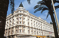 Cannes: Hotel Carlton, built in 1909. 58 La Croisette in Cannes on the French Riviera. National Historic Building. Photo '83.