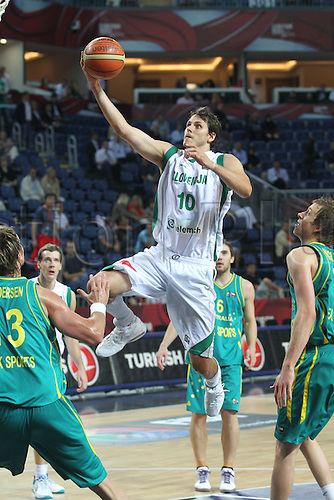 05.09.2010 Basketball World Championships from Istanbul. Slovenia v Australia. Picture shows NACHBAR