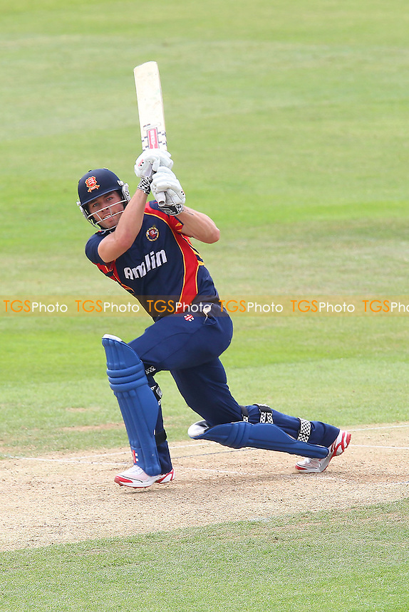 Ben Foakes in batting action for Essex - Essex CCC 2nd XI vs Northamptonshire CCC 2nd XI - Second XI T20 Cricket at the Essex County Ground, Chelmsford - 19/06/13 - MANDATORY CREDIT: Gavin Ellis/TGSPHOTO - Self billing applies where appropriate - 0845 094 6026 - contact@tgsphoto.co.uk - NO UNPAID USE
