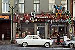 BRUSSELS - BELGIUM - 08 JANUARY 2012 -- Marolles the bohemian city part of Brussels. -- Stefantiek, decoration shop on Place de la Chapelle. -- PHOTO: Juha ROININEN /  EUP-IMAGES