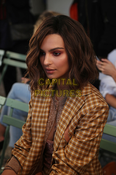 EMILY RATAJKOWSKI at NINA RICCI<br /> Spring/Summer 2018 Ready-to-Wear Fashion Show at Paris Fashion Week in Paris, France in September 2017.<br /> CAP/GOL<br /> &copy;GOL/Capital Pictures